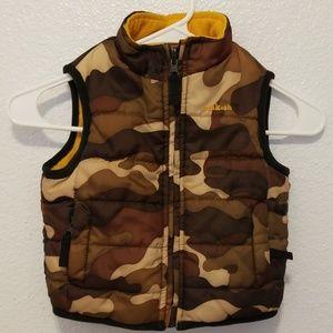 OshKosh reversible vest camo/yellow